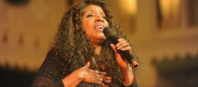 Disco en soul queen Gloria Gaynor live in Paradiso