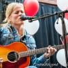 Fotoserie: Ilse DeLange geeft fan-optreden bij MediaMarkt