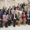 Koning Willem-Alexander en Koningin Máxima lunchen in Den Haag met 'uitblinkers'